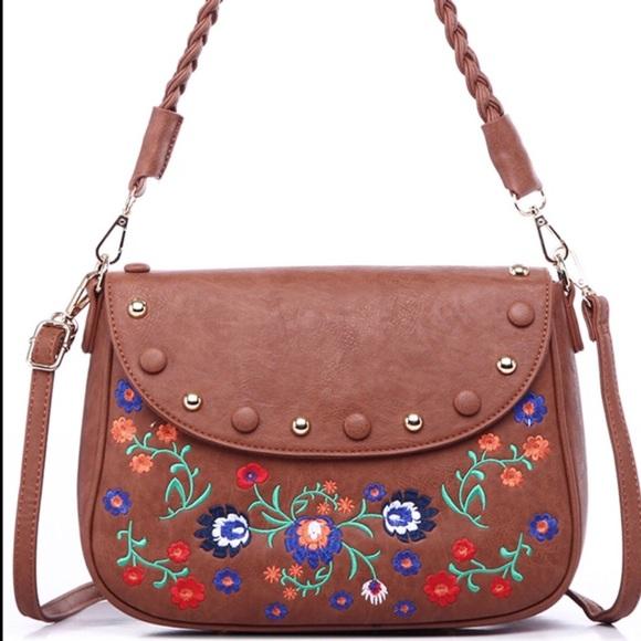 Pink Haley Handbags - 🎉hp🎉 Floral Embroidered Handbag